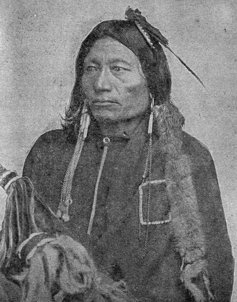the life and history of the apache tribe The apache religion did not include an afterlife again, anthropologists thought that apache people were too busy surviving to have any specific beliefs europeans also said that apache people had no death rituals either in the kiowa tribe, reaction to death was immediate close relatives and friends wailed loudly, tore their close and exposed.