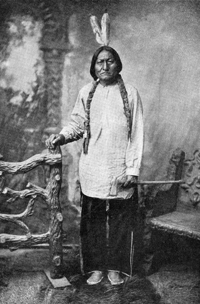 Indijanci - starosedeoci americkog kontinenta Chief-sitting-bull-1
