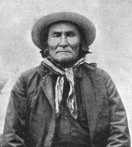 a biography of geronimo Geronimo his own story part i : the apaches origin of the apache indians subdivisions of the apache tribe early life tribal amusements, manners, and customs.